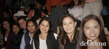 """""""Cahuates Pistaches"""" con la Banda MS"""
