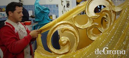 El carnaval tiene artesanías monumentales